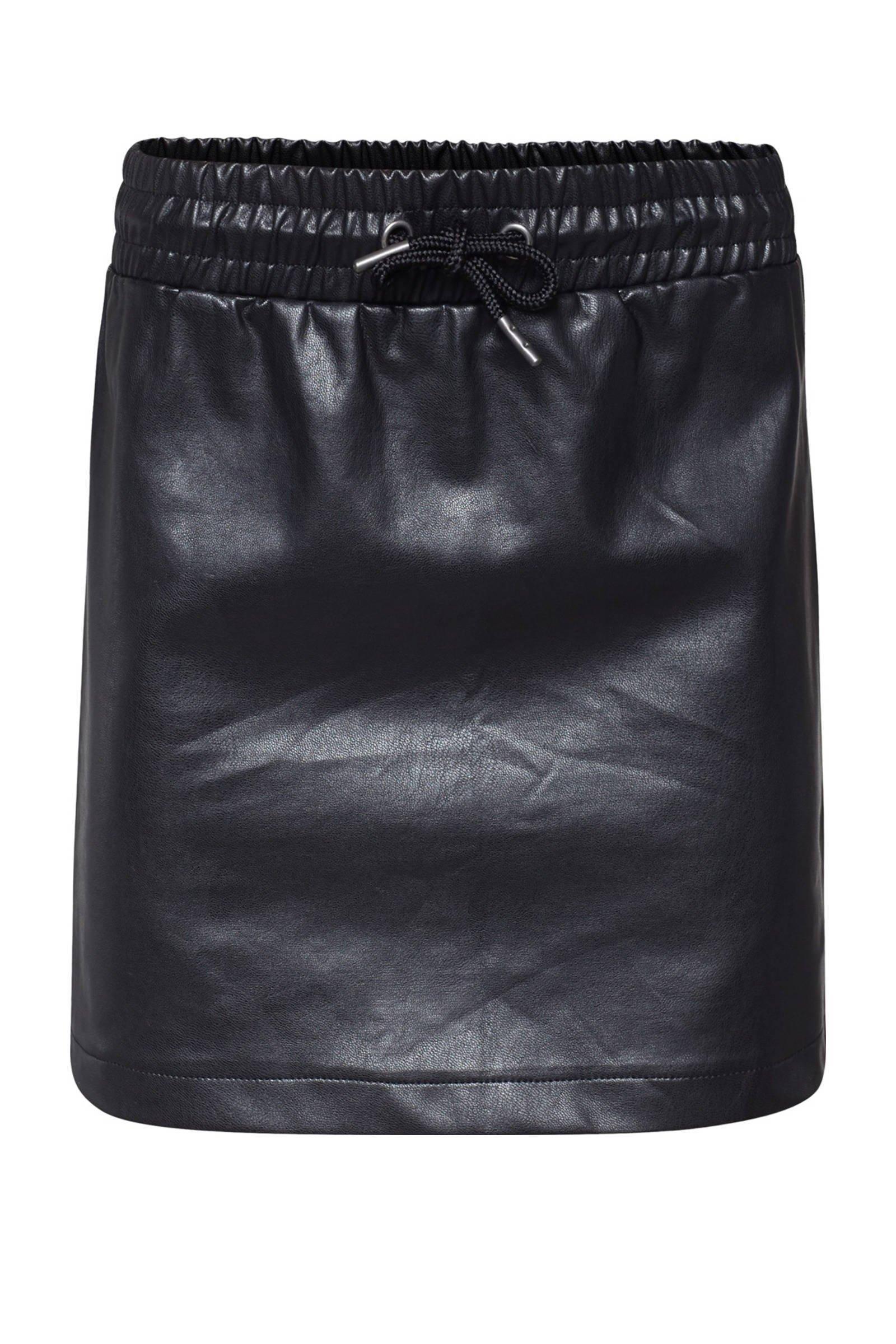 WE Fashion imitatieleren rok zwart - maat 122/128