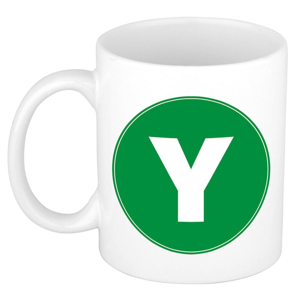 Mok / beker met de letter Y groene bedrukking voor het maken van een naam / woord of team -
