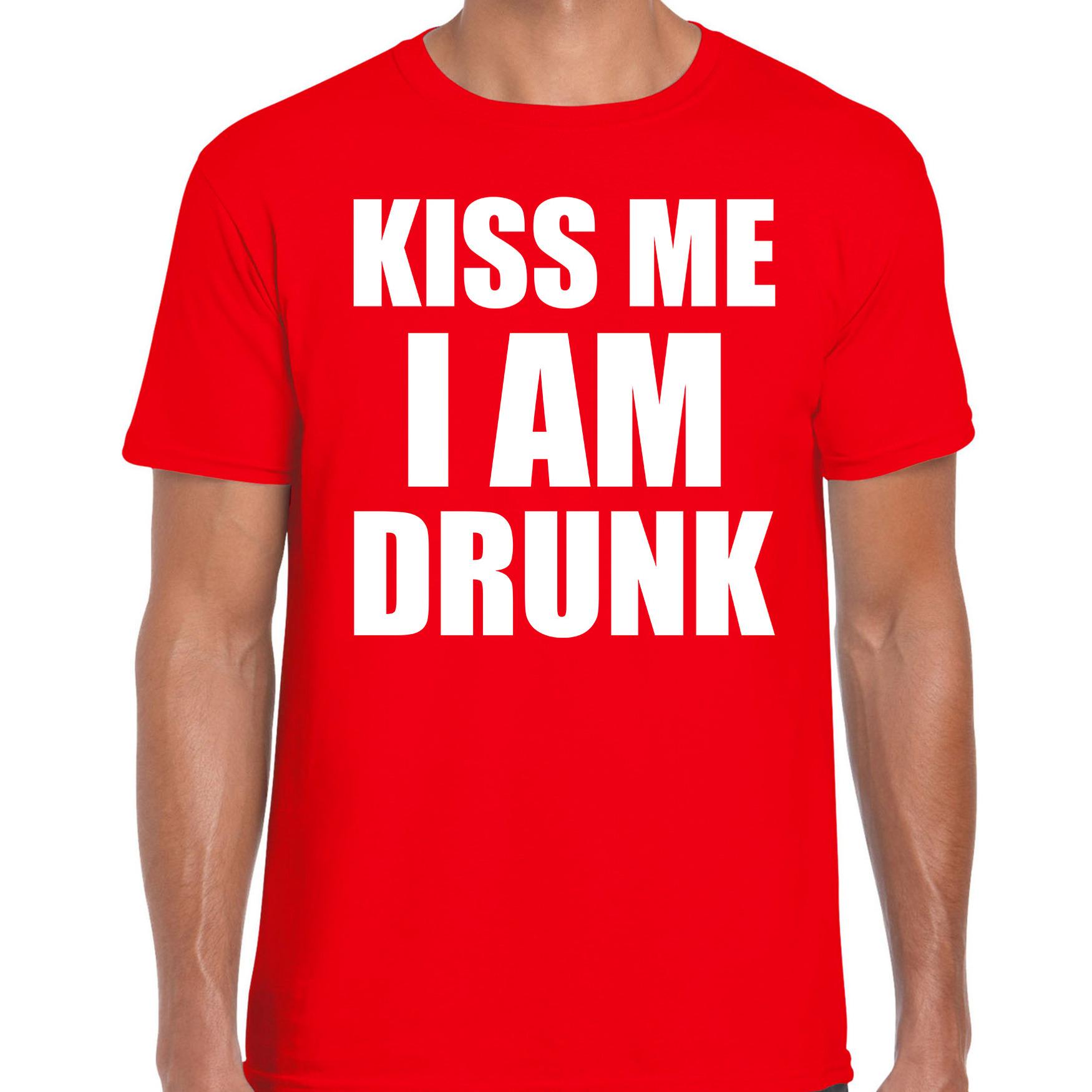 Fun t-shirt kiss me I am drunk rood voor heren 2XL -